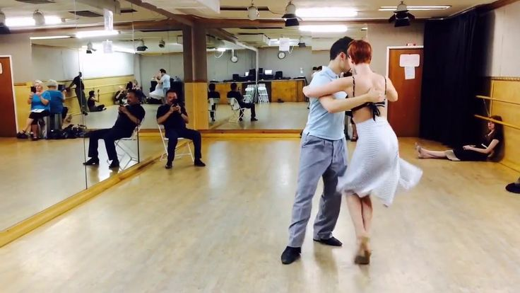 Tango 205: Milonga - the box w traspie