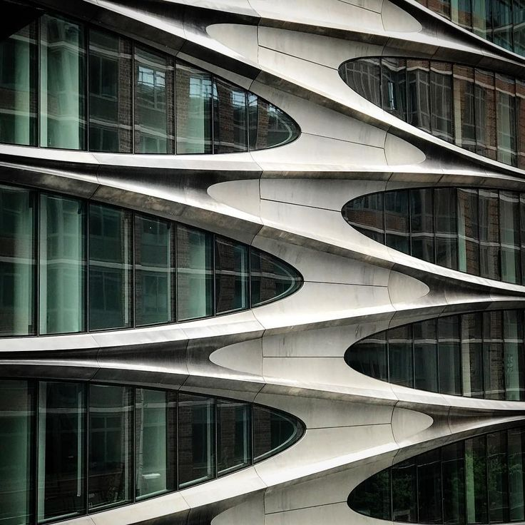 Zaha Hadid's 520 West 28th condo building in New York nears completion