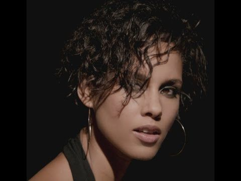 Alicia Keys - Brand New Me  It's been a while  I'm not who I was before  You look surprised  Your words don't burn me anymore  Been meanin' to tell ya  But I guess it's clear to see  Don't be mad  It's just a brand new kinda me  Can't be bad  I found a brand new kinda free...