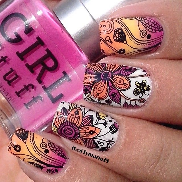 Doodle Nail-Art by 'iconoasquare.com'★♥★ AWESOME! Could be nail wraps(?)★♥★