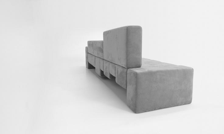"""Servizio fotografico realizzato da Protocol per la nuova creazione del designer Dima Loginoff: """"The Fifth Avenue""""."""