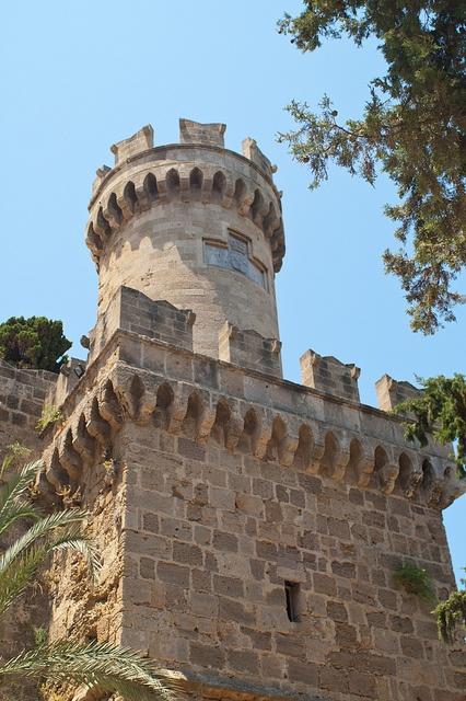 Fortress Tower in Rhodes  Башня над крепостной стеной в Родосе  Родос, о.Родос, Греция