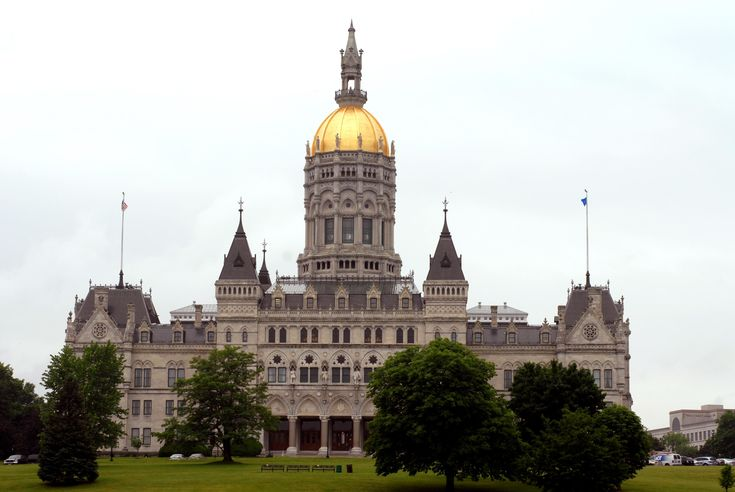 "State budget director: Pension payments driving latest challenges - Gov. Malloy's budget director is warning Connecticut lawmakers that the next two-year state budget faces ""significant pressure"" from slowing revenues and looming payments for unfunded pension liabilities and other old debt. Read more: http://www.norwichbulletin.com/news/20161130/state-budget-director-pension-payments-driving-latest-challenges #CT #Connecticut #CTBudget #CTPolitics #Budget #Pension"