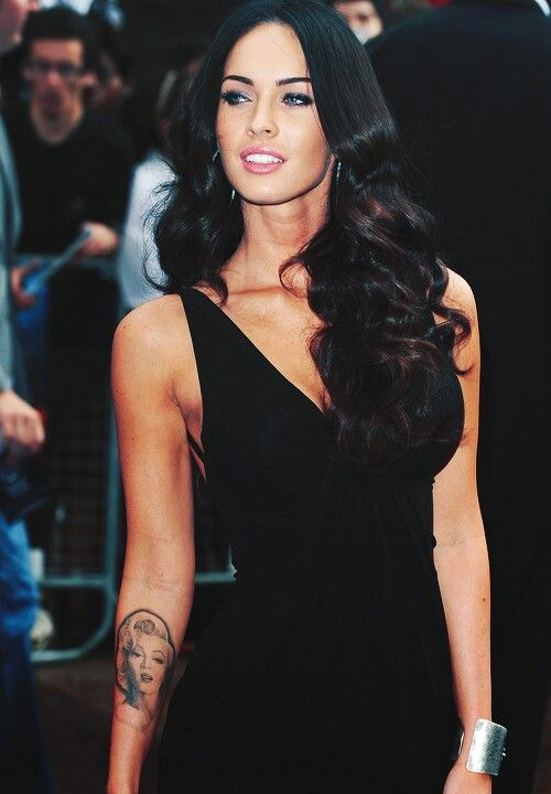 Megan Fox.. Hair, makeup, eyebrows..love love love