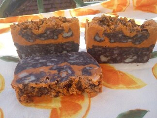 """Chocolate-orange"" HP soap with Shea Butter, coconut oil, castor oil, yoghurt, cocoa powder, activated charcoal, F.O. cocoa, E.O. orange"