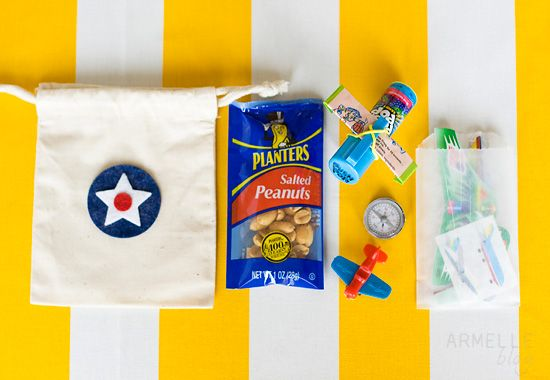 airplane party favors