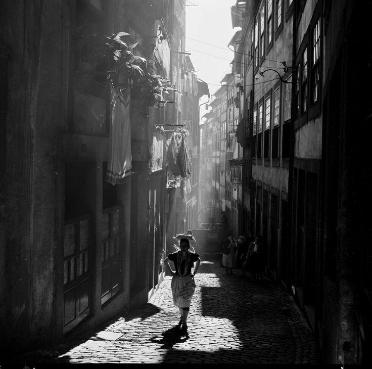 Série cidades. Porto, décadas de 50/60.