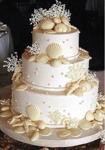 Bolo para casamento na praia em branco | | Wedding cake for a beach wedding in pure white