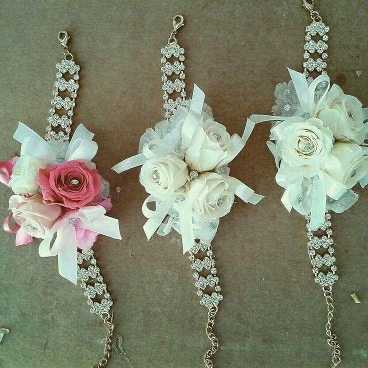 Braccialetti con fiori
