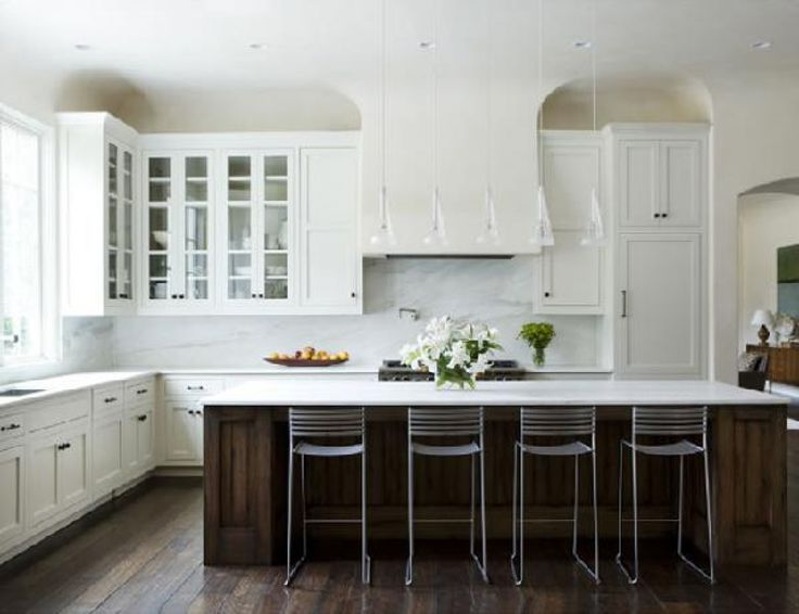 Delightful Inspiration Vie White Kitchens has decorated with fresh idea, integrate the simple and unique nuance can be produce fresh Kitchen even on a cramped space. #whitekitchen #barstool #ideas