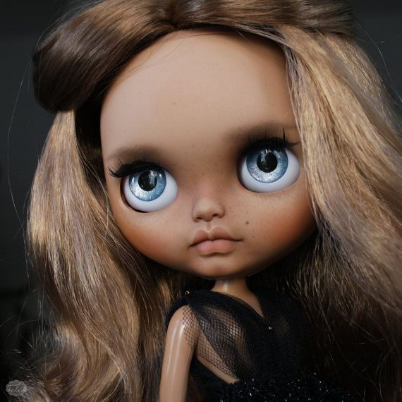 Eva - custom Blythe doll - ooak blythe - unique art doll by KarolinFelix