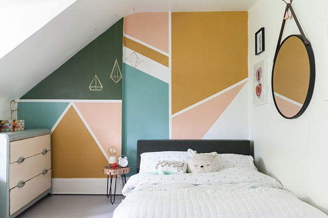 Today on kidsinteriors.com //HOW TO CREATE A STYLISH ATTTIC KID'S ROOM// Style inspirations ideas tips.. #kidsinteriors_com - - - - #kidsinteriors #kidsinterior #kidsroom #childrensroom #kinderkamer #kinderzimmer #chambreenfant #girlsroom #kidsdecor #decorforkids #kidsdesign #designforkids #interiordesign #interiors #barnrum #apartmenttherapy #barnerom #barnrumsinspo #kidsinteriordesign #childrensinteriordesign #kids