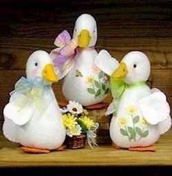 *EASTER ~ Daisie Duck - Wool Felt, Felt Appliqué Countryside Craft PATTERN