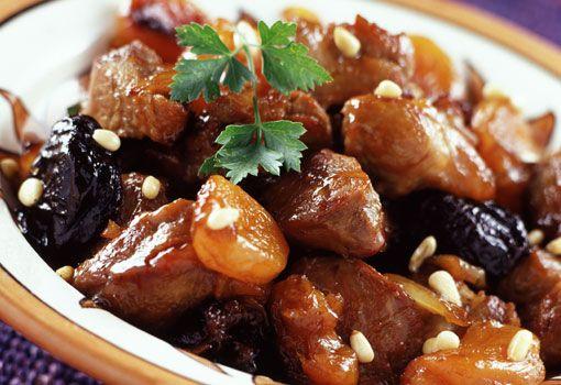 Cordero asado con quinoa y frutos secos