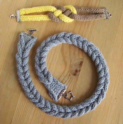 Collier et bracelet en tricot tressé