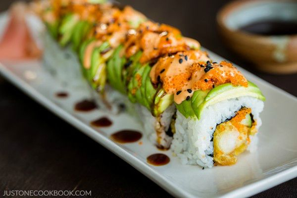 Make dragon roll at home with crunchy shrimp tempura wrapped in a sushi roll covered with a layer of sliced avocado. Drizzle with spicy mayo!