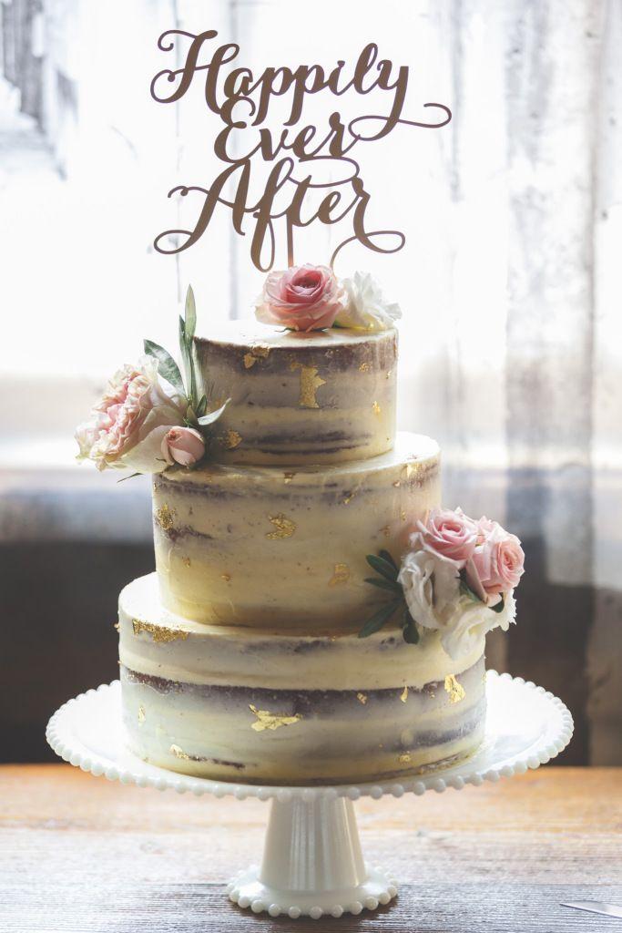 Torta desnuda opción #2. Las flores se reemplazarían por gerberas