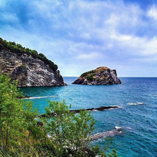 """Hoynat Adası#Ordu #Turkey #travel #island photo@ozdalaylama"""
