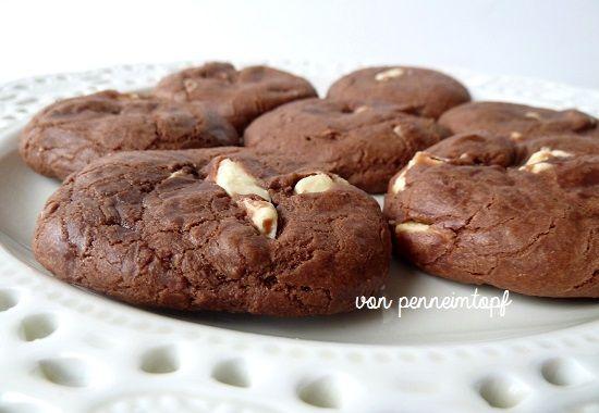 Penne im Topf: Soft Double Chocolate Cookies mit gezuckerter Kondensmilch