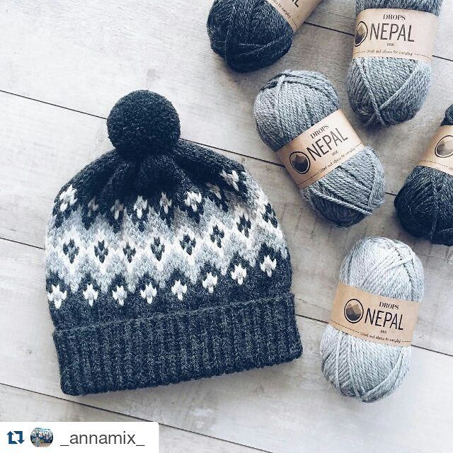 Beautiful color work. #Repost @_annamix_ with @repostapp ・・・ Еще не хватает билетов в Исландию ❄️❄️❄️ Или хаски #i_loveknitting #knitting_inspiration #knitting #dropsnepal #DROPSfan