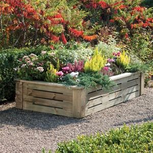 The slatted design of the Rowlinson 6 x 3 Rectangular Raised Wooden Planter has a stylish look with the slatted side sections for a more contemporary look.