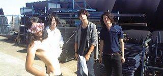 [Champagne]2010/8/28 彼等に緊張はナシ?!☆すみれ/「TREASURE05X with ZIP-FM ~WE ROCK!~」@大塚海浜緑地本番前。