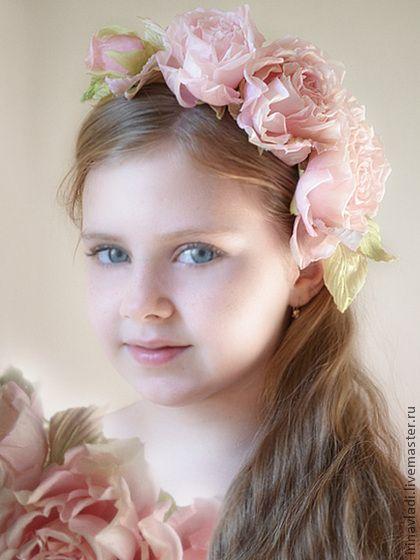 Цветы из шелка. Ободок для волос АРМЕЛЬ. Натуральный шелк - ободок с цветком