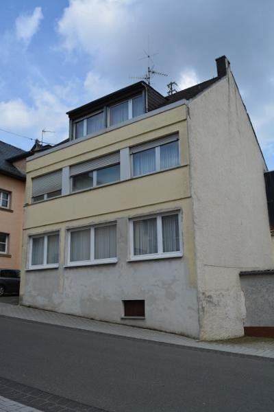 Orenhofen: Ein- bis Zweifamilienhaus -175qm überdachte Terrasse- Garage - von Schlapp Immobilien  Details zum #Immobilienangebot unter https://www.immobilienanzeigen24.com/deutschland/rheinland-pfalz/54298-orenhofen/Einfamilienhaus-kaufen/17866:-40763842:0:mr2.html  #Immobilien #Immobilienportal #Orenhofen #Haus #Einfamilienhaus #Deutschland