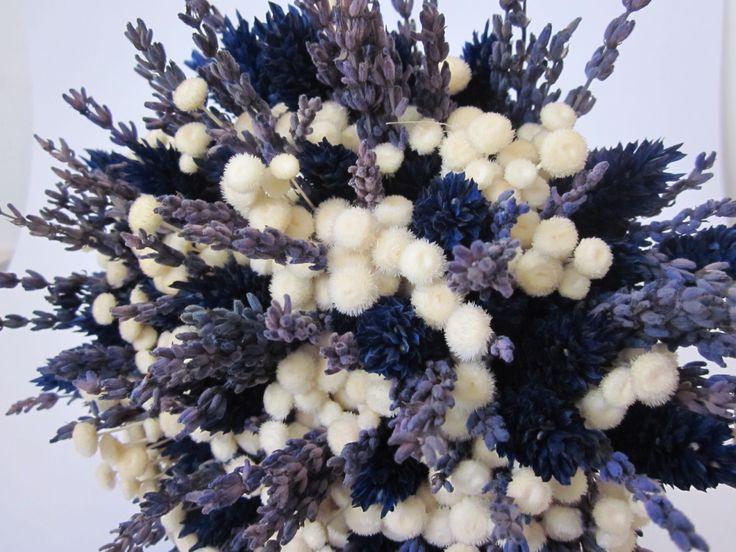 Ramo de novia de flor natural seca con lavanda de VILLAFLORITA