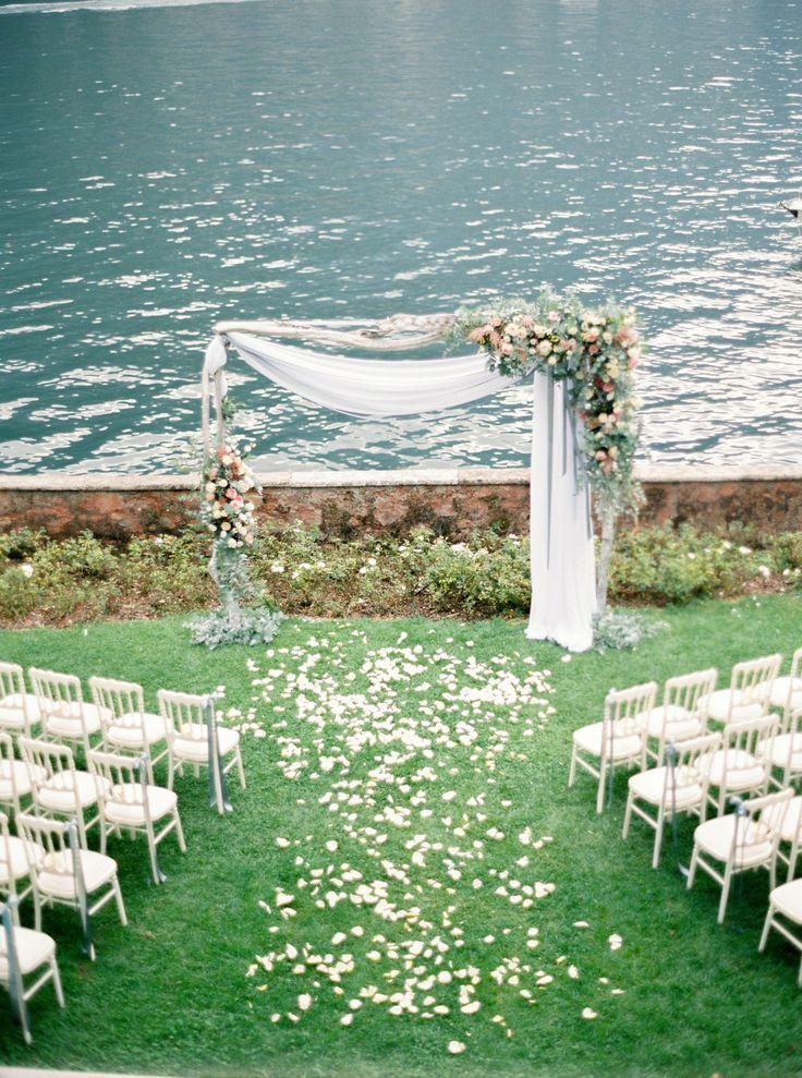 Photography : Darya Kamalova Of Thecablookfotolab | Floral Design : Ratti Flora | Venue : Villa Regina Teodolinda | Event Planning : Italian Easy Wedding Read More on SMP: http://www.stylemepretty.com/2016/02/01/al-fresco-lake-como-wedding/