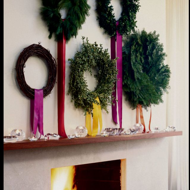 wreaths: Christmas Wreaths, Wreaths Christmas, Holidays, Christmas Decorating Ideas, Multiple Wreath, Fireplace, Diy