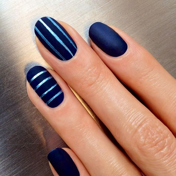 We'll be copy-cat-ing these nails, STAT.