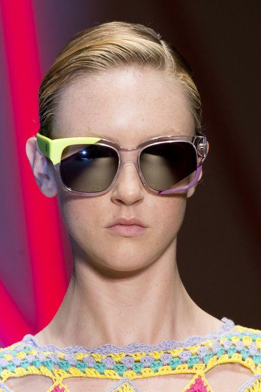 Modne okulary na sezon wiosna-lato 2015, Biagiotti, fot. Imaxtree