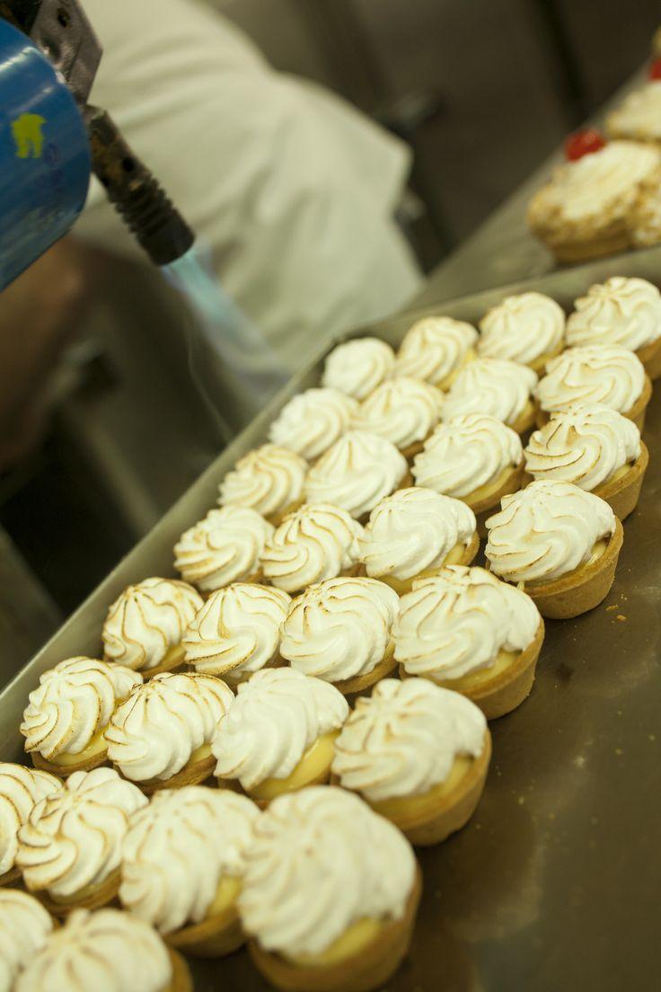 lemon pie Afoi Asimakopouloi patisserie / bakery Athens , Exarcheia http://asimakopouloi.com/