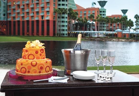 The Walt Disney World Swan And Dolphin Resort Offers Both Domestic And International Wedding