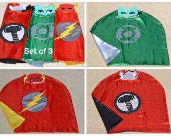 3 conjunto de capa y máscara - Thor, Flash y linterna - Boy embroma el traje del superhéroe verde. Ideal para niño niño traje fiesta de cumpleaños.