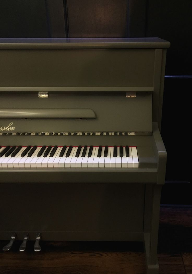 1000 Ideas About Painted Pianos On Pinterest Old Pianos