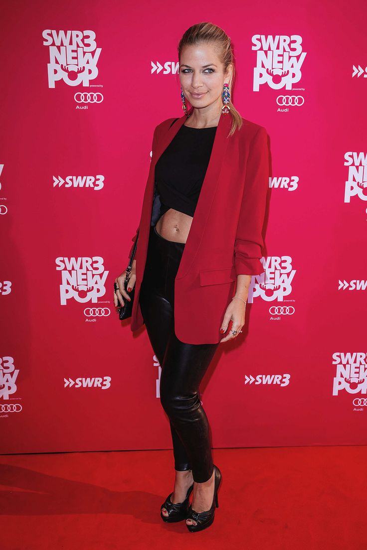 Susan Sideropoulos at the SWR3 New Pop Festival