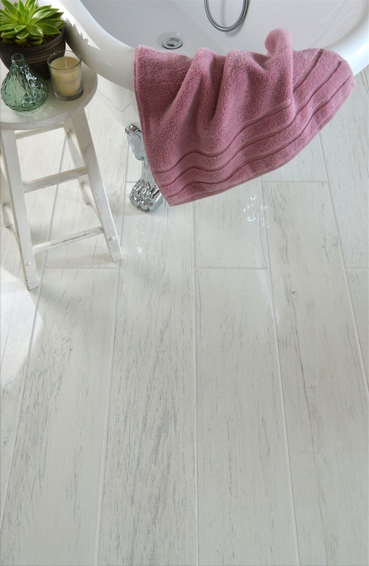 Hardwood Look Tile Floor Covering Assessments Absolute Best Brands Pros Vs Disadvantages Wood Effect Tiles White Porcelain Tile White Wood Floors