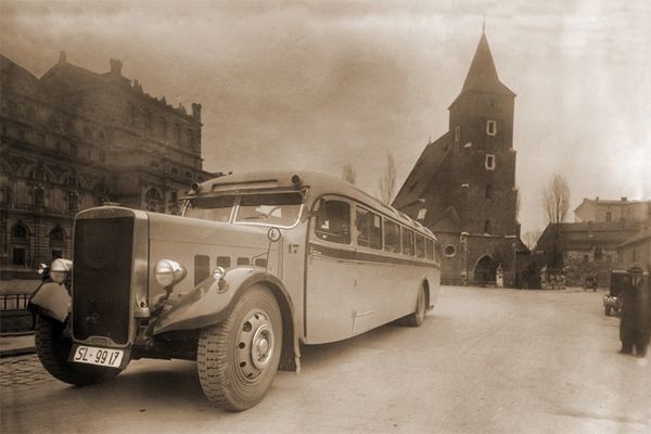 The first shuttle bus on Cracow - Katowice route. Year 1937