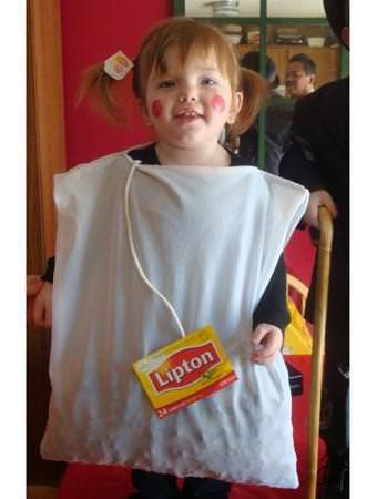 #10 – Lipton Tea Bag Who doesn't love a good cuppa? With an old pillow case filled with scraps of green felt or cotton balls, and a box of Lipton tea with the logo cut out and attached to a piece of rope, this is a quick and inexpensive costume idea! Kick it upContinue Reading...