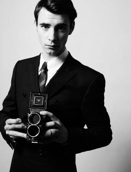 Harry Lloyd. <3