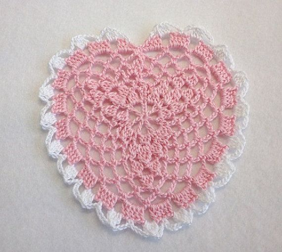 """Coaster Heart Crocheted Hand / Pink & White - 4.3""""(11cm) by YuminaCafe, ¥200"""