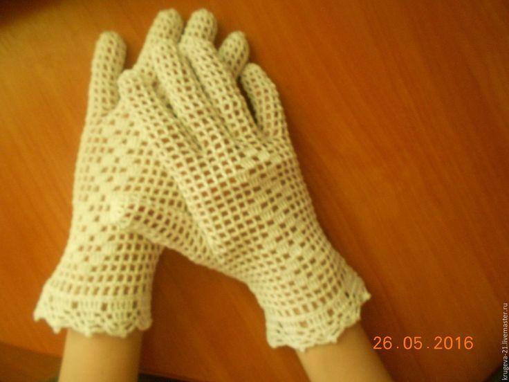 Купить или заказать Белые перчатки с рисунком в интернет-магазине на Ярмарке…