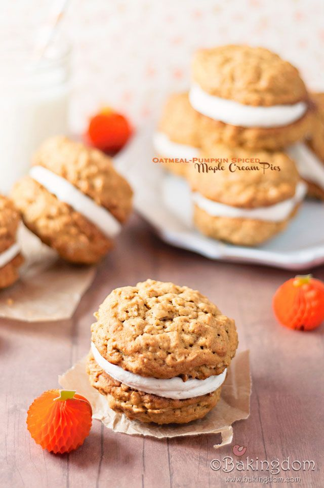 Oatmeal-Pumpkin Spiced Maple Cream Pies: Cinnamon 1 2, Spices Maple, Pies Recipes, Drinks Recipes, Pumpkin Oatmeal, Gingers 1 2, Oatmeal Cream Pies, Maple Cream, Oatmeal Pumpkin Spices