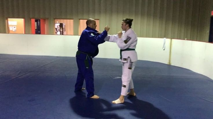 Teacher and student getting some sparring during judo class. She does a good job of taking falls when she needs to and working those grips! #sparring #randori #teacher #student http://butimag.com/ipost/1561267110898763125/?code=BWqvCpYnwV1