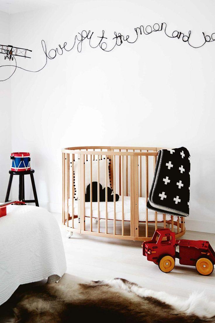 Ideal Einfache Inspirationen f rs Babyzimmer Kinderzimmer einrichten Wippe Babybett Kinderm bel einfach selbst bauen