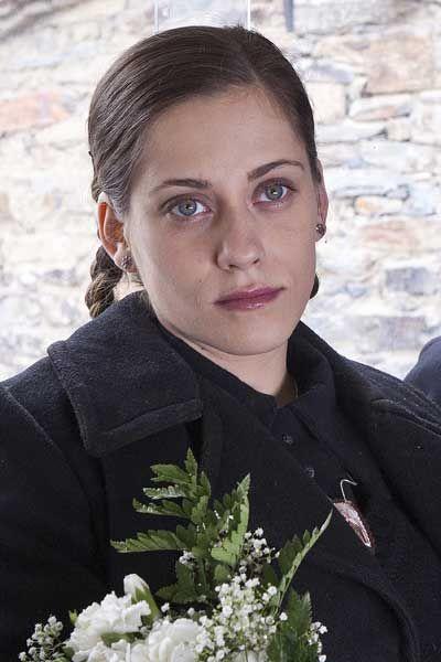 Maria León en la película La Voz Dormida