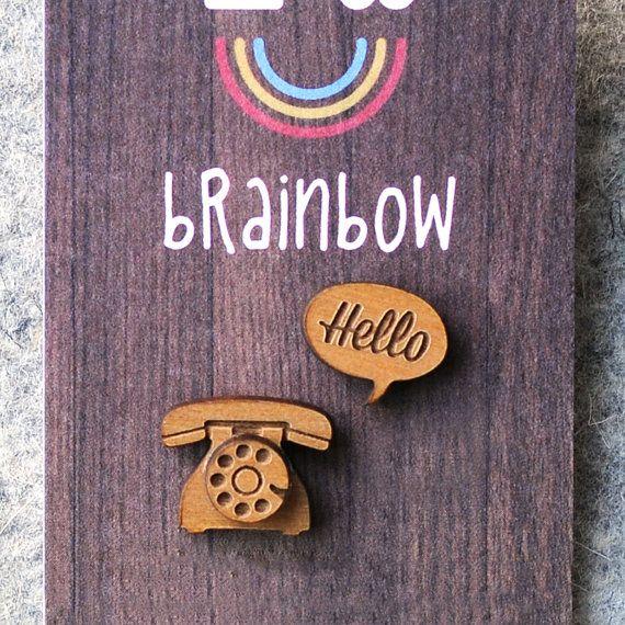 Pendientes de madera de telefonía por bRainbowshop en Etsy