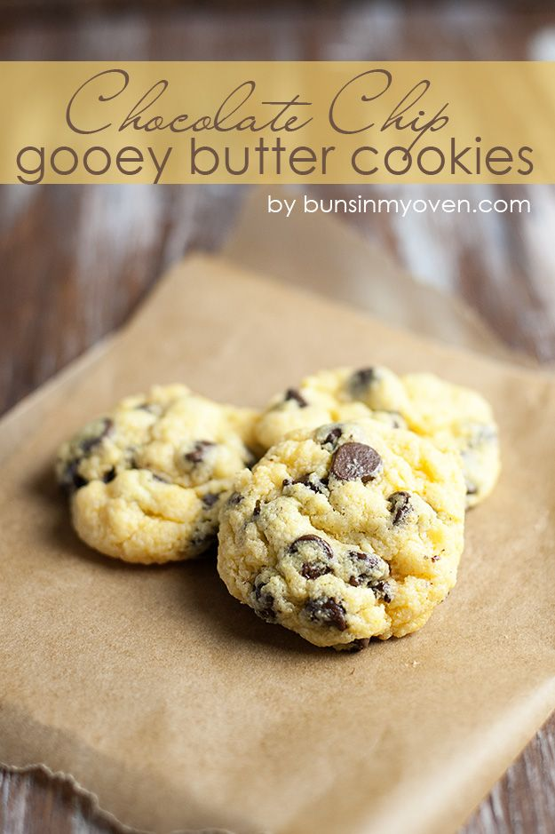 Chocolate Chip Gooey Butter Cookies #recipe by bunsinmyoven.com